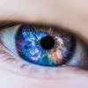 10 mituri si avantaje ale lentilelor de contact in cazul femeilor