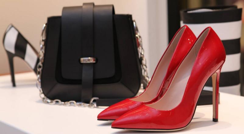 pantofi moda femei